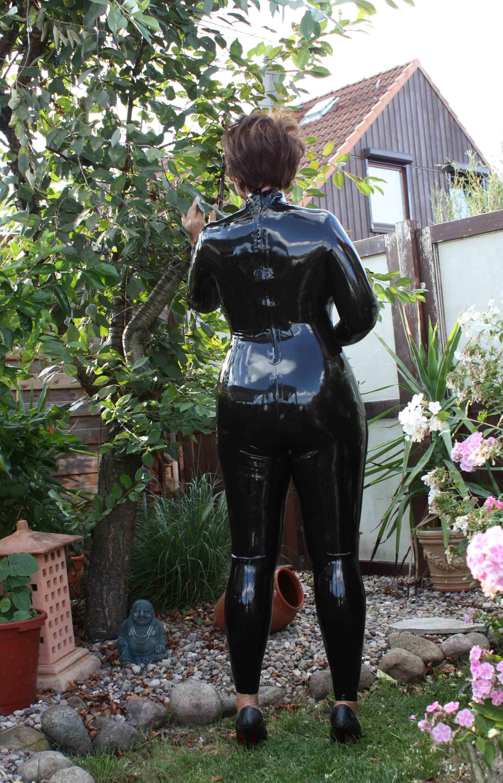 latex catsuit sex video
